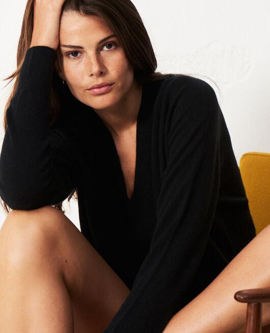 Pullover mit V-Ausschnitt Schwarz COSY